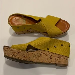 Crown Vintage cork wedges size 7